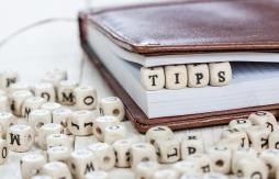The word tips as a block